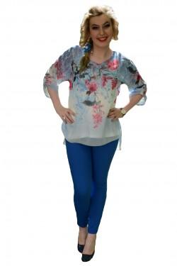 Poze Bluza cu motiv floral, nuanta de bleumarin, voal fin la atingere