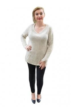 Bluza lunga de iarna, culoare crem, cu slit adanc in laterale