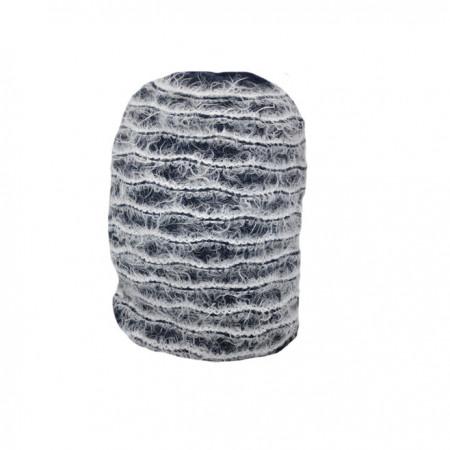 Caciula tinereasca bleumarin cu design rafinat de dungi albe