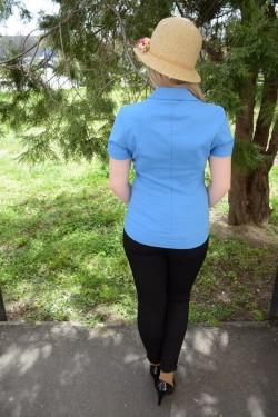 Camasa din material usor elastic cu croiala cambrata, albastra