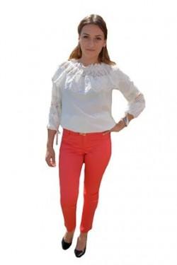 Poze Pantalon modern, lung, cu design de dungi subtiri pe fond rosu