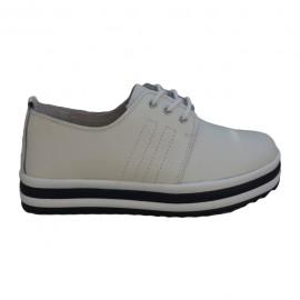 Pantof clasic tip sport, de culoare alba, model tineresc cu siret