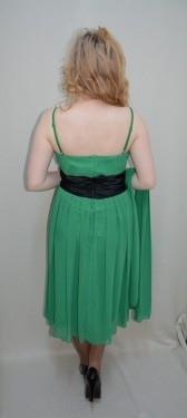 Rochie de ocazie din voal aplicat peste saten, in nuanta de verde