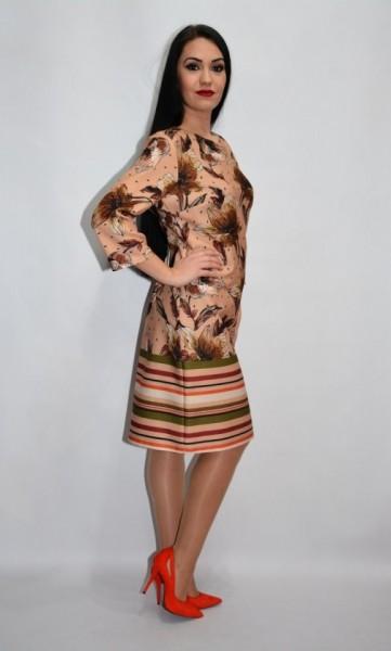 Rochie de zi cu design floral,nuanta plamaniu