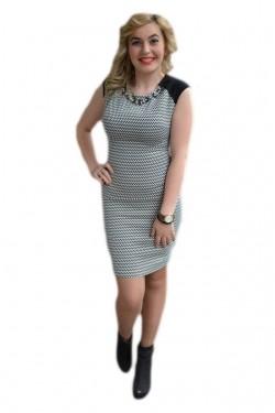 Poze Rochie in tendinte model casual, alb-negru, cu design de colier