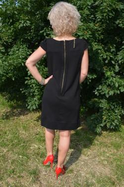 Rochie neagra de primavara-toamna, model casual usor evazat