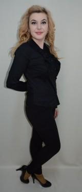 Camasa office, nuanta de negru, volanas cret in fata, nasturi trendy