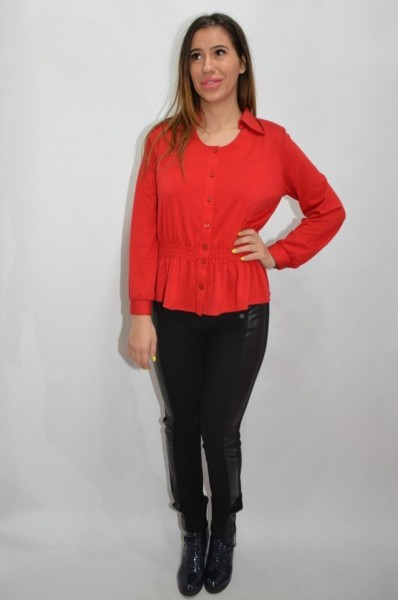 Camasa tinereasca de nuanta rosie, cu insertii de elastic in talie