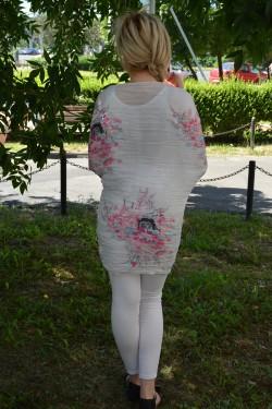 Esarfa tinereasca cu design de flori rafinate roz pe fond alb-gri
