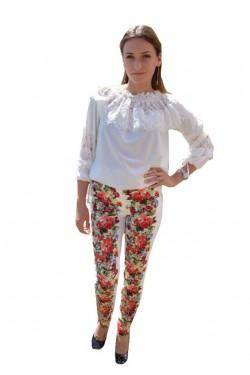 Poze Pantalon feminin cu imprimeu floral multicolor pe fond alb