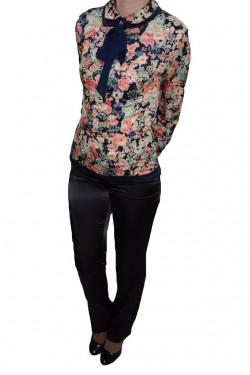 Poze Pantalon modern din saten, design clasic, de culoare neagra