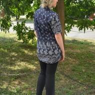 Camasa lunga de vara, de culoare bleumarin cu imprimeu