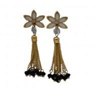 Cercei lungi, din lanturi, cu design floral, nuanta de negru-auriu