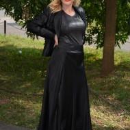 Costum de gala din saten negru cu insertii de margele si cusaturi
