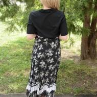 Fusta maxi creponata, de culoare negru-alb