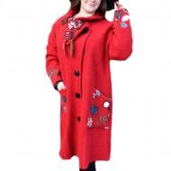 Jacheta chic din lana, de culoare rosie, cu design floral deosebit