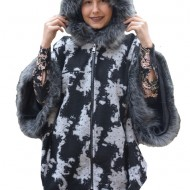 Jacheta Hava tip poncho,imprimeu painted ,nuanta de negru-alb