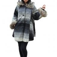 Jacheta moderna Delia cu tesatura fina ,nuanta de negru-alb
