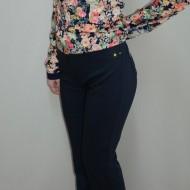 Pantalon la moda, nuanta de bleumarin, buzunare apretate