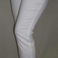 Pantaloni lungi, albi, cu un croi simplu, masuri mari