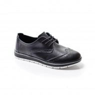 Pantof negru, model tineresc de toamna, primavara, cu talpa joasa