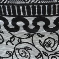 Rochie care urmeaza linia corpului, negru-alb