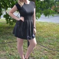Rochie casual, design cool, tinereasca, cu paiete negre