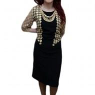Rochie chic, de culoare negru-auriu, design modern cu buline