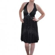 Rochie de gala, neagra, din tesatura stralucitoare, model scurt