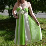 Rochie de seara midi, verde deschis cu alb, din voal fronsat, in dungi