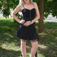 Rochie eleganta de culoare neagra, formata din fusta si corset