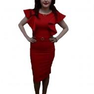 Rochie eleganta, de culoare rosie, detalii trendy aplicate