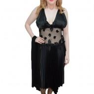 Rochie tinereasca cu aspect transparent in talie, nuanta neagra