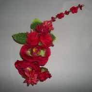 Accesorii pentru ocazie, florale, in nuante albe, rosii, mov