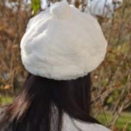 Caciula Genevie din blanita sintetica,nuanta de alb