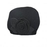 Caciula Inna accesorizata cu floare 3d mare si insertii de strasuri,nuanta de negru