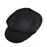 Caciula rafinata cu design de cozorog, nuanta de negru