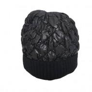 Caciula Senny calduroasa ,model matlasat lucios,nuanta de negru