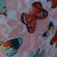 Esarfa din vascoza moale cu imprimeu de fluturi pe fond alb-roz