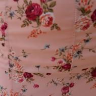 Fusta lejera, midi, nuanta piersica, cu imprimeu floral multicolor