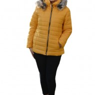 Jacheta calduroasa de toamna-iarna ,guler fronsat si gluga detasabila,nuanta de galben