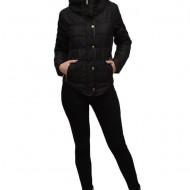 Jacheta moderna, de culoare neagra shic