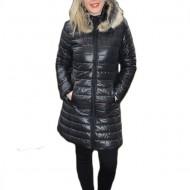 Jacheta moderna, lunga, masura mare,de culoare neagra, cu fermoar