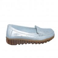 Pantofi perforati cu model si talpa deosebita,argintiu