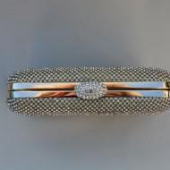 Poseta fashion cu strasuri fine pe fond auriu, cu cadru metalic