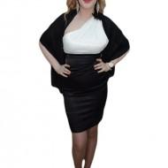 Rochie cu esarfa simpla, nuanta de negru-alb, mulata