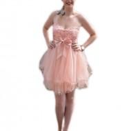 Rochie de gala scurta de culoare roz, cu model de paiete sus