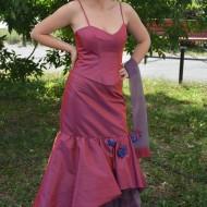 Rochie de ocazie , de culoare roz lucios