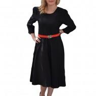 Rochie de zi, de lungime medie, neagra, cu curea rosie in talie