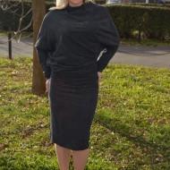 Rochie fashion de zi, de culoare bleumarin, cu croiala moderna